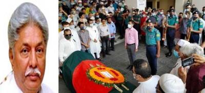 আতিকউল্লাহ খান মাসুদের তৃতীয় জানাজা শেষে গার্ড অব অনার প্রদান